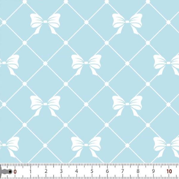 Tecido Tricoline Estampado Laço Branco Fundo Azul Bebe 2948